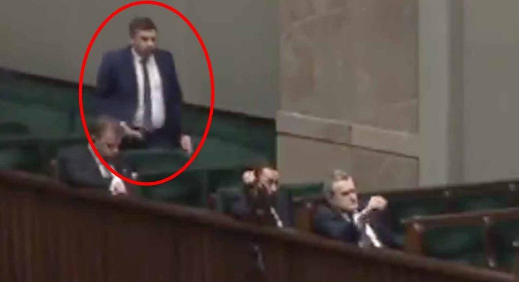 https://www.wiesci24.pl/wp-content/uploads/2020/04/wiceminister-1068x580.jpg